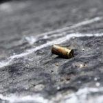 A Napoli colpi d'arma da fuoco in strada, quattro bossoli calibro 9×21 rinvenuti a terra in via Savarese, nessun ferito. Indagano i carabinieri