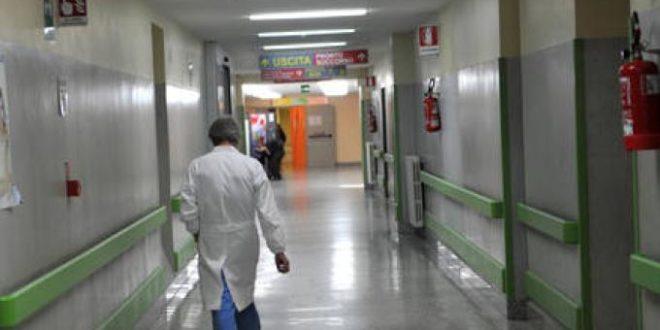 Malasanità a Napoli: prima l'intervento, quindi la paralisi, poi la morte. Tre medici a giudizio