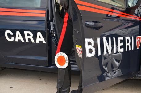 Marigliano (Napoli), tre minorenni fermati dai carabinieri su un'auto rubata, denunciati dai militari e affidati ai rispettivi genitori