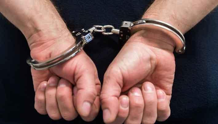 Ischia, ruba l'incasso del teatro di burattini, 36enne arrestato dalla polizia per furto, aveva rubato 120 euro dalla cassa