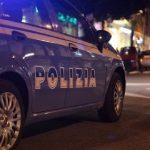 Napoli, festa di compleanno in un b&b, otto persone sanzionate dalla polizia intervenuta dopo una segnalazione, 36enne fermato dagli agenti con capi d'abbigliamento contraffatti