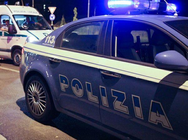 Tre giovani sanzionati a Napoli per il non rispetto delle misure anticontagio, sorpresi in strada dalla polizia senza mascherina e oltre l'orario consentito