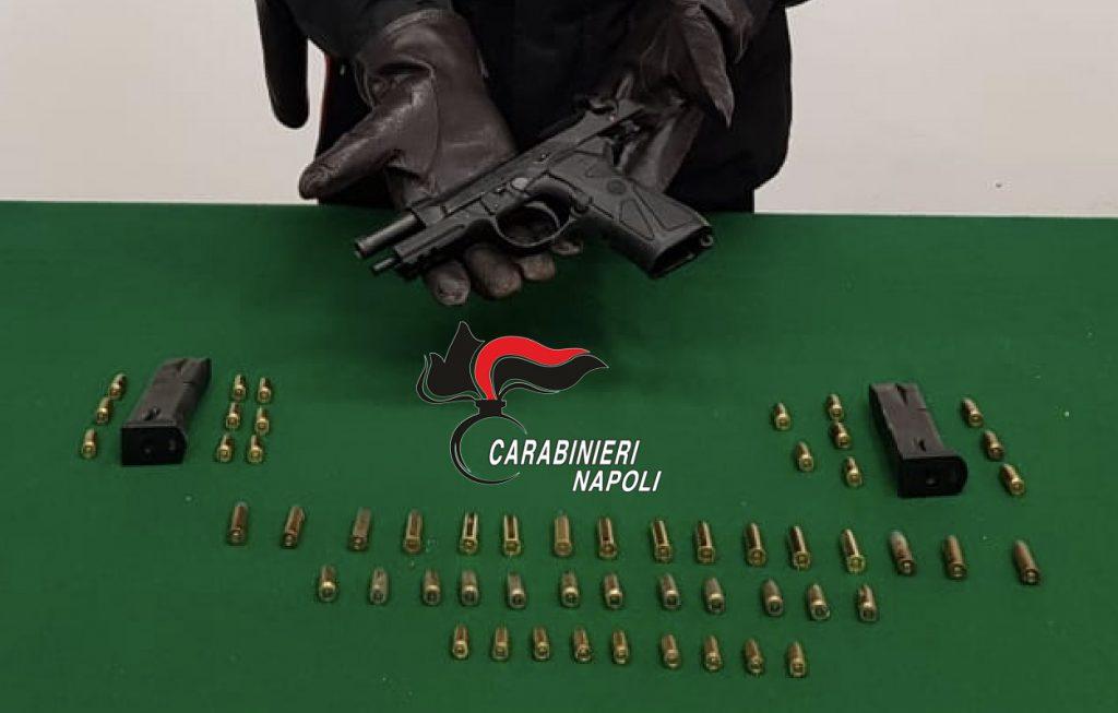Rinvenuta e sequestrata dai carabinieri nel rione Santa Caterina a Castellammare (Napoli) una pistola pronta a sparare e 60 proiettili