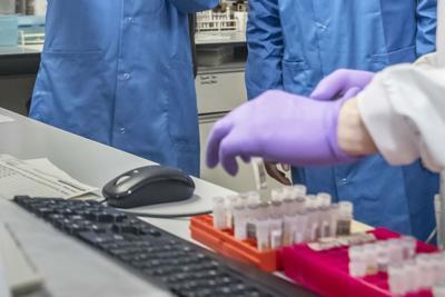 Coronavirus, nove nuovi casi di contagio in provincia di Avellino, si teme un nuovo focolaio. L'ospedale Moscati ha riaperto la palazzina Covid Forse originato da persone che sono rientrate dall'estero