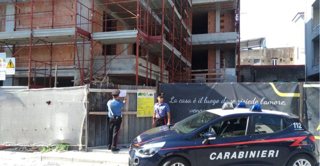 Poggiomarino (Napoli), controlli dei carabinieri sui cantieri, tre persone denunciate per violazione in materia di sicurezza, individuati anche cinque lavoratori irregolari